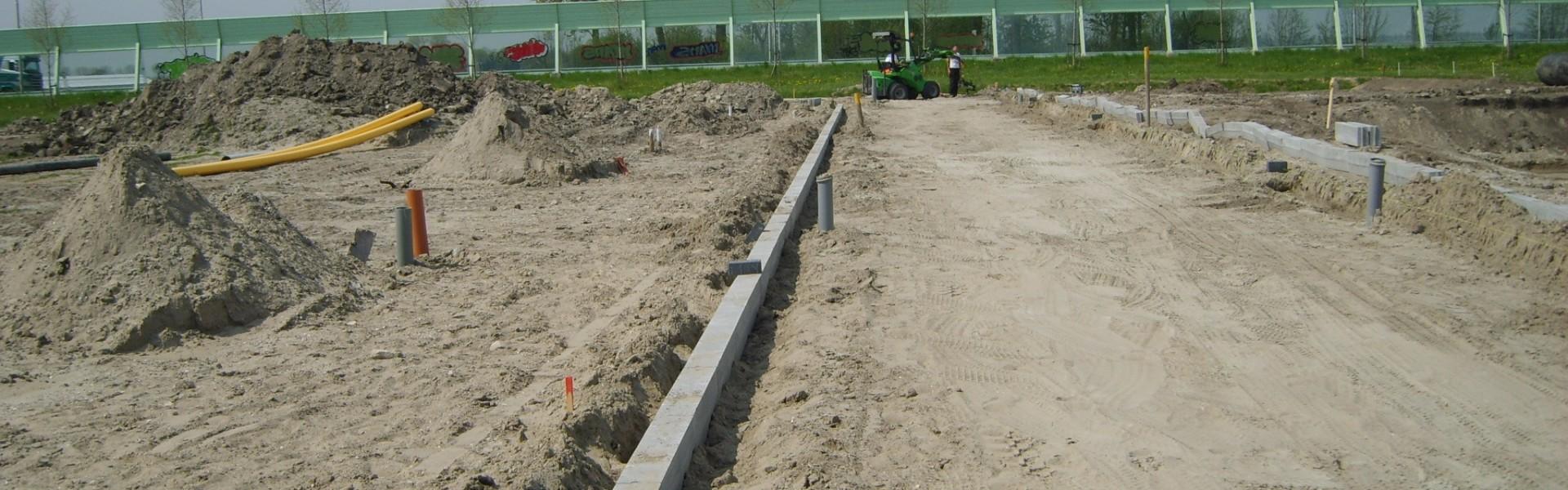 Aanbrengen bouweg aan de Bobbeldijkerweg t.b.v.: uitbreiding woonwagenkamp
